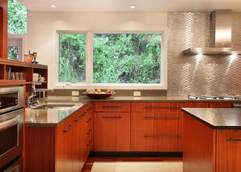 kitchen Countertop and Backsplash Combination