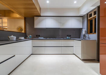 Modular vs Carpenter-Made Kitchen: Which is the best for your home?