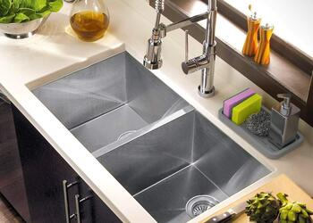 10 Kitchen Sink Organizers That Will Make Your Tiny Kitchen More Functional