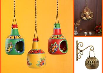 10 Must-Have Decorative Wall Hangings That will add a Magical Touch to your Home This Diwali