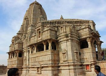 5 Must Visit Places In India For Their Rich Architecture