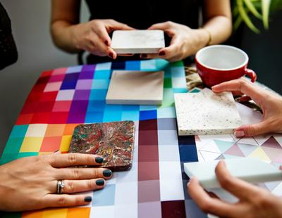 Should you hire an interior designer or decorate on your - Should i hire an interior decorator ...