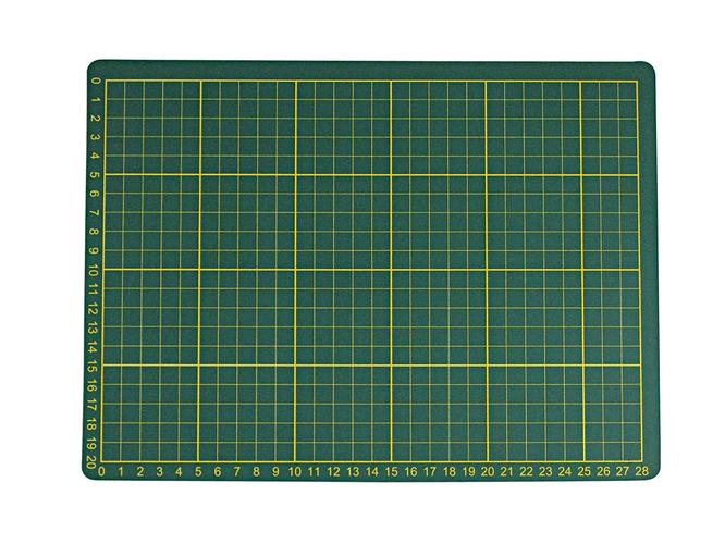 "SE CMG1219 12"" x 9"" Self-Healing Double-Sided Cutting Mat"