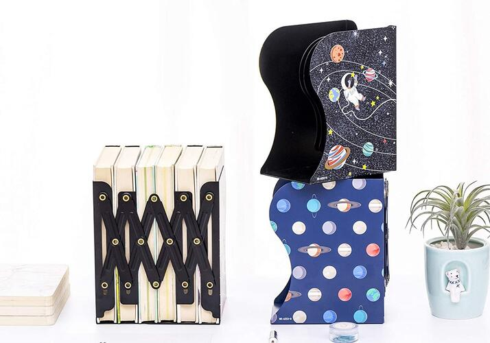 R H lifestyle Metal Bookends Decorative Desk Accessories Organizer Creative Adjustable Book Shelf for Kids School Home Office Supplies Pack of 1 (Solar System)